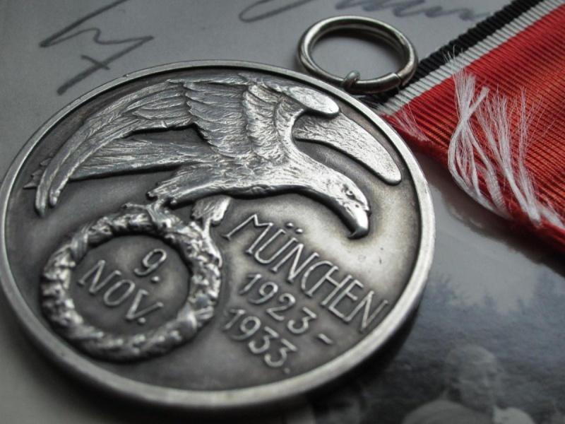 Identification et avis sur 2 médailles Sans_t10