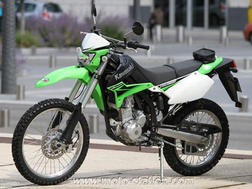 Que pensez vous de la klx 250 Kawasa10