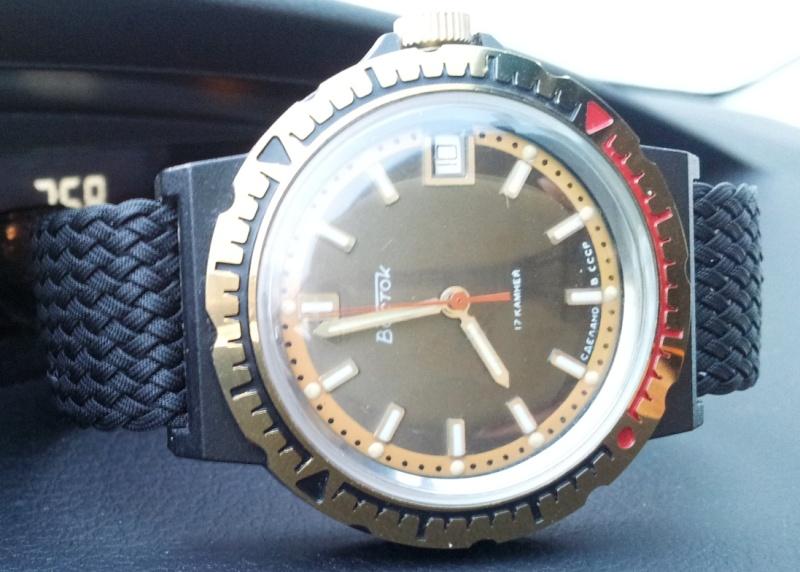 VOSTOK KOMANDIRSKIE watch *Black Plastic Case* 20130110
