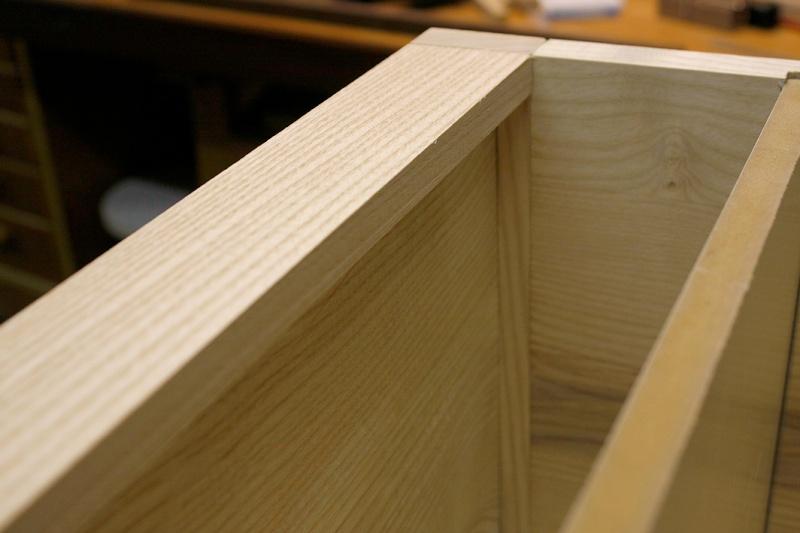 [Fabrication] Un bureau contemporain et simple…  - Page 3 Plinth11