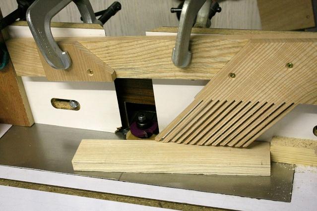 bureau - [Fabrication] Un bureau contemporain et simple…  Rainur10