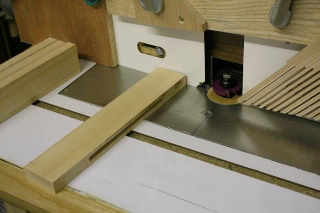 bureau - [Fabrication] Un bureau contemporain et simple…  Rainur12
