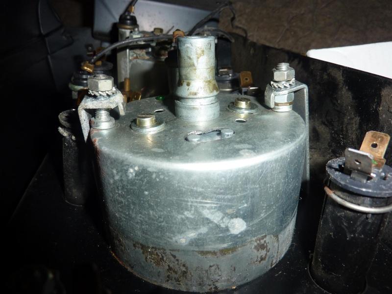 compteur -  Fabrication d une planche support compteur tableau de bord P1010911