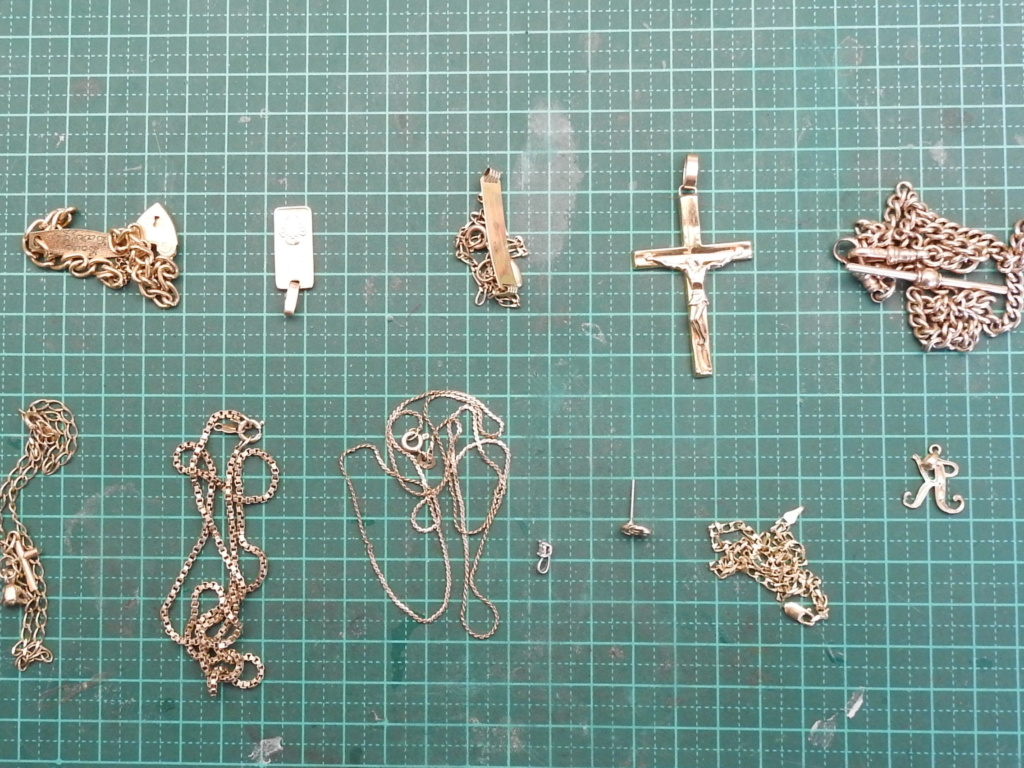 My Detectors and Gold Chain / Small Gold Jewellery Rscn1210