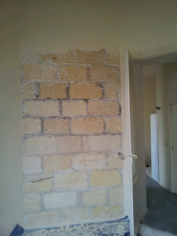 rénover un mur en pierre apparente avec joint ciment 20121210