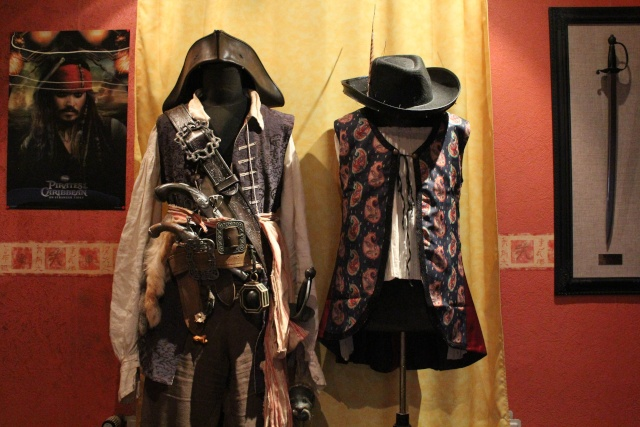 [Costumes] Capitaine Jack Sparrow & Angélica Img_610