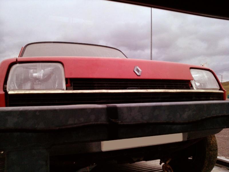 R5 GTL rouge 5 portes de 1981 P1128010