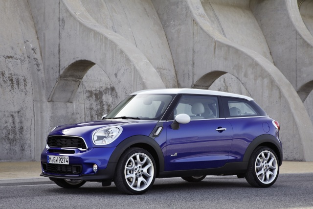 """""""The Best Cars of 2013"""": The MINI wins again – this time with family for company on the podium P9010210"""