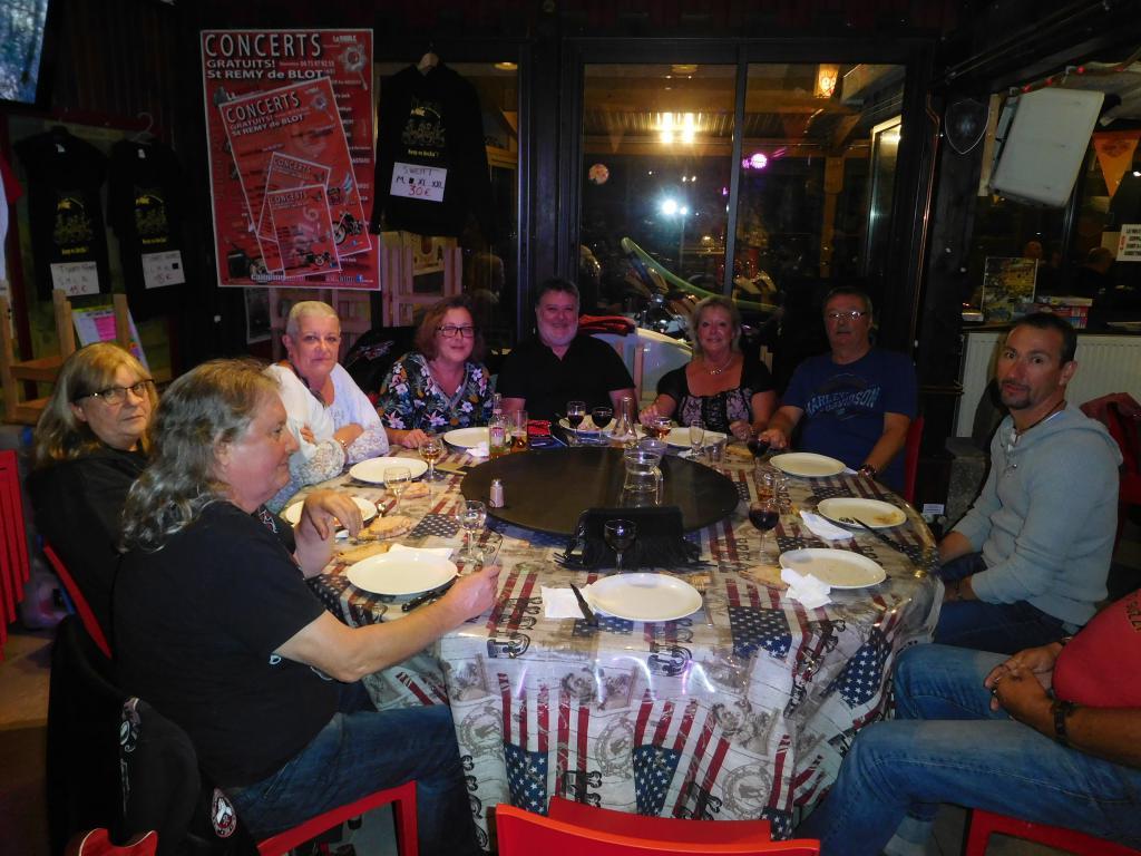 PHOTOS - recontre KC en Auvergne Dscn0544