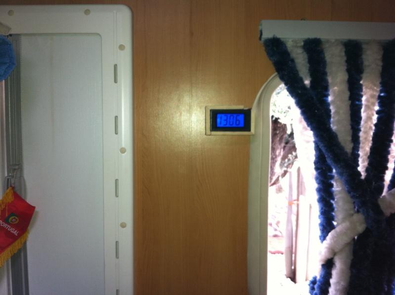 Voltmètre Electronique 7. 5 Volts 20 Volts Img_1210