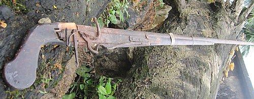 Bộ sưu tập vũ khí của VN trong 2 cuộc kháng chiến J5knjg10
