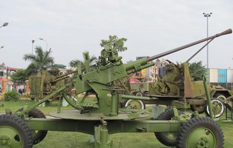 Bộ sưu tập vũ khí của VN trong 2 cuộc kháng chiến - Page 4 Khcn_l14