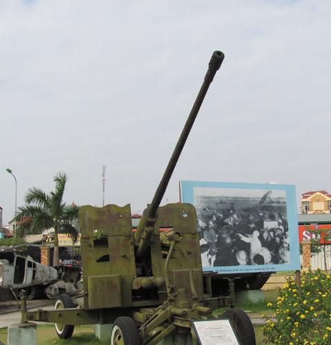 Bộ sưu tập vũ khí của VN trong 2 cuộc kháng chiến - Page 4 Khcn_l15