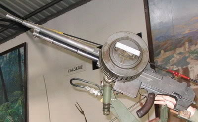 Bộ sưu tập vũ khí của VN trong 2 cuộc kháng chiến Reibel11