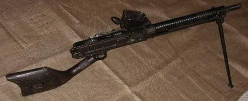 Bộ sưu tập vũ khí của VN trong 2 cuộc kháng chiến T11lmg10