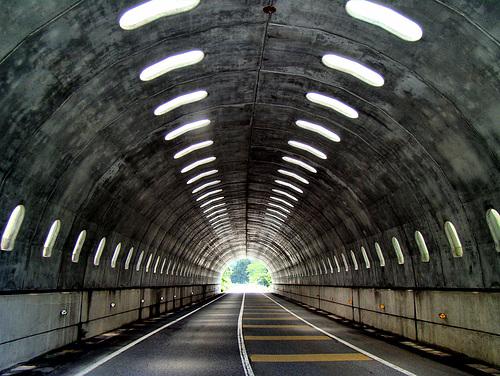 Најдолгите тунели во светот, на Балканот и во Македонија  20120510