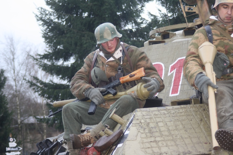 tenue Volksgrenadier Bastog15