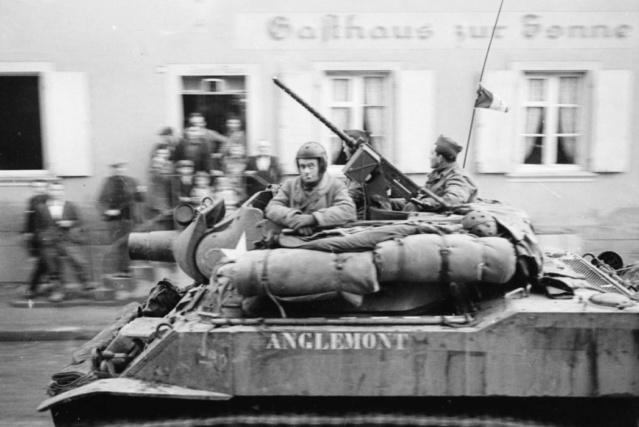 "M8 Howitzer ""Anglemont"" Anglem10"