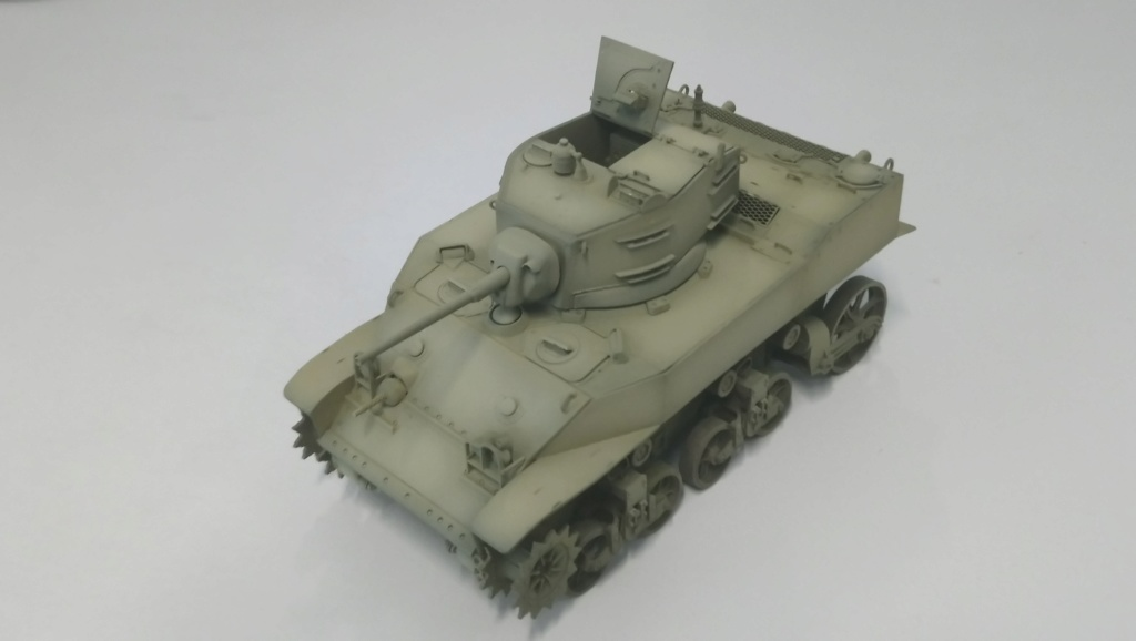 "M5A1 ""Colmar"" - 1/35 kit AFV Club Dsc_1013"