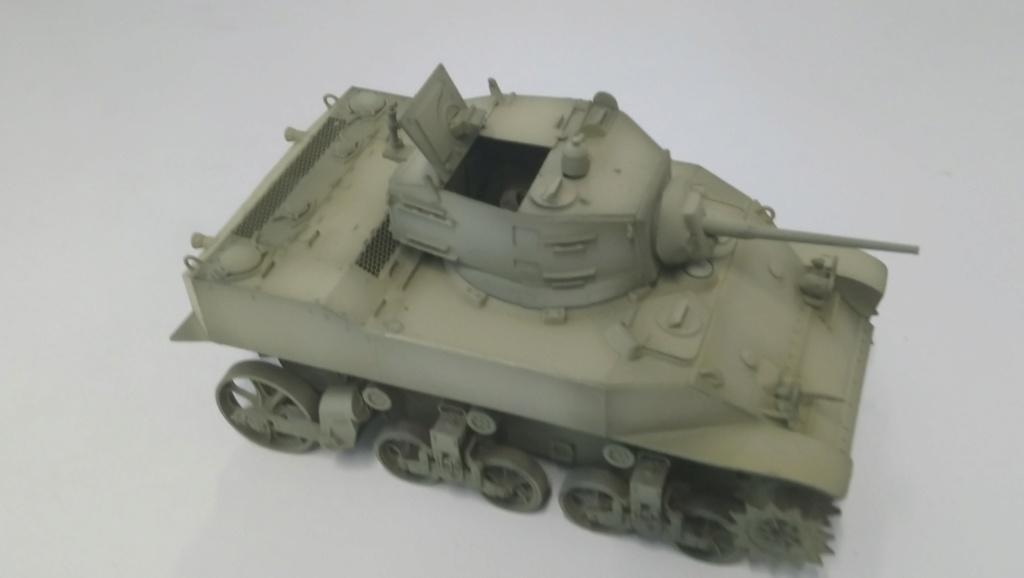 "M5A1 ""Colmar"" - 1/35 kit AFV Club Dsc_1014"