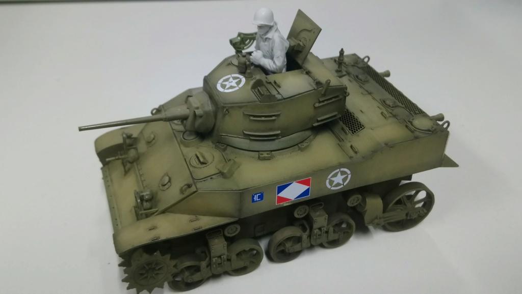 "M5A1 ""Colmar"" - 1/35 kit AFV Club Dsc_1019"