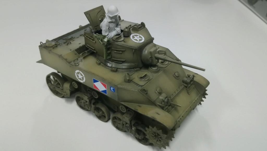 "M5A1 ""Colmar"" - 1/35 kit AFV Club Dsc_1020"