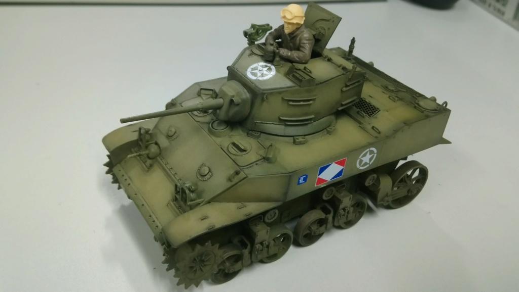 "M5A1 ""Colmar"" - 1/35 kit AFV Club Dsc_1110"
