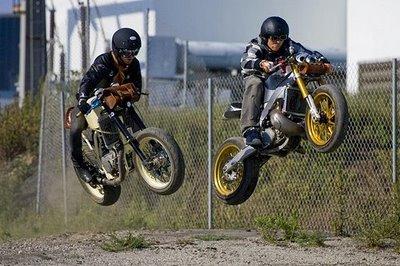 Des jumps 36355010