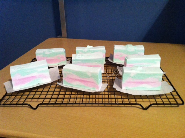 Homemade Christmas Gifts - Page 2 Soap_110