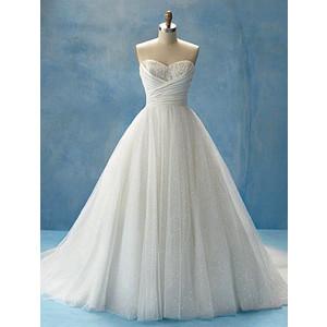 Disney se lance dans la robe de mariée - Page 6 Img-th10