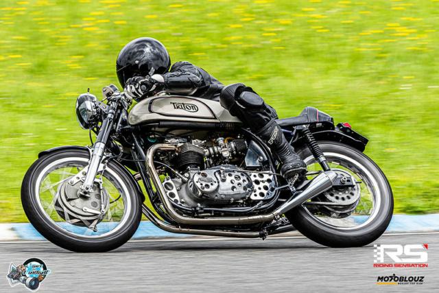 Equiper sa moto sois même ou acheter préparé ?  51284010