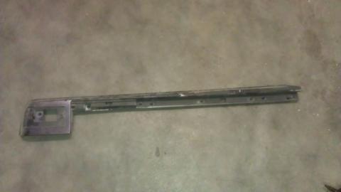Recherche demi-barre de toit en plastique noir arrière droite du passager Hummer H2 SUV 2005  Imag0610
