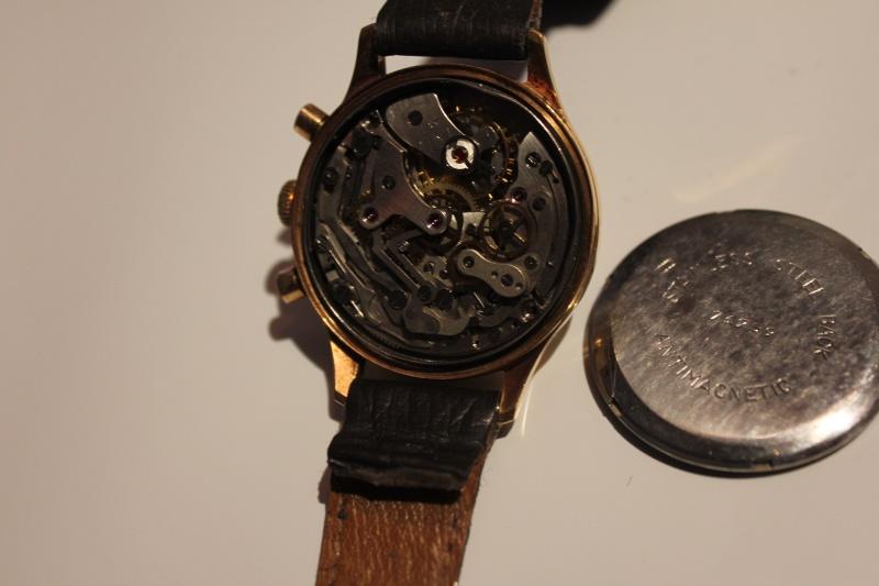 Jaeger -  [Le TOPIC des demandes d'IDENTIFICATION et RENSEIGNEMENTS de montres est ICI] - Page 39 Img_3915
