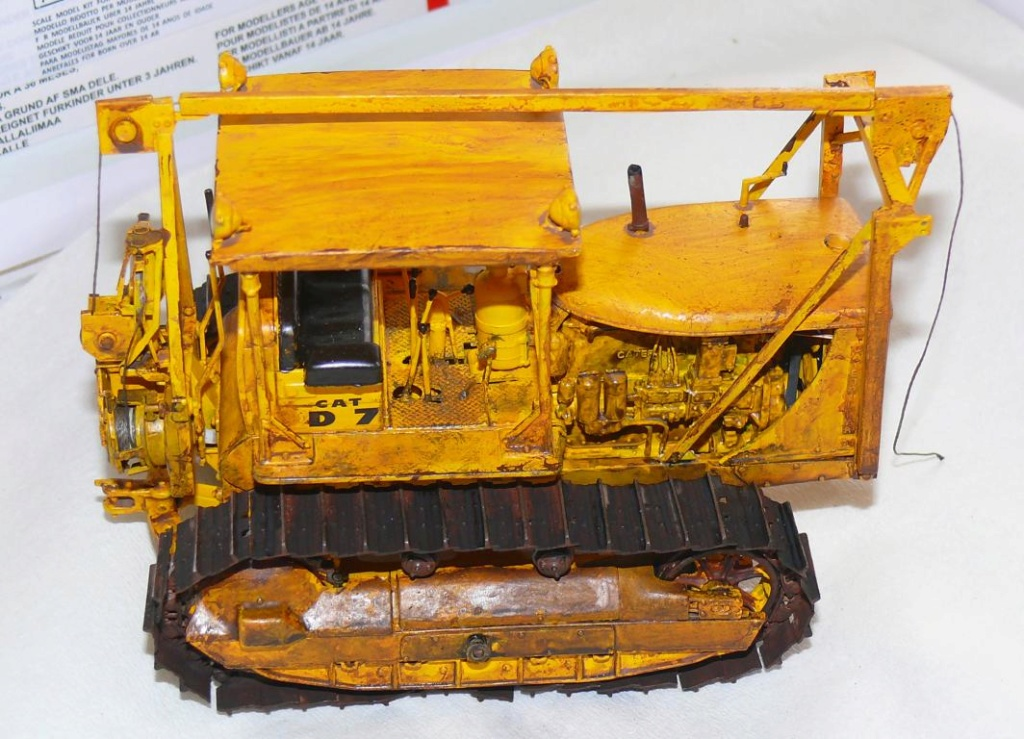 US Bulldozer Caterpillar D7 (en version civile)au 1/35 de MiniArt - Page 3 Bulld219