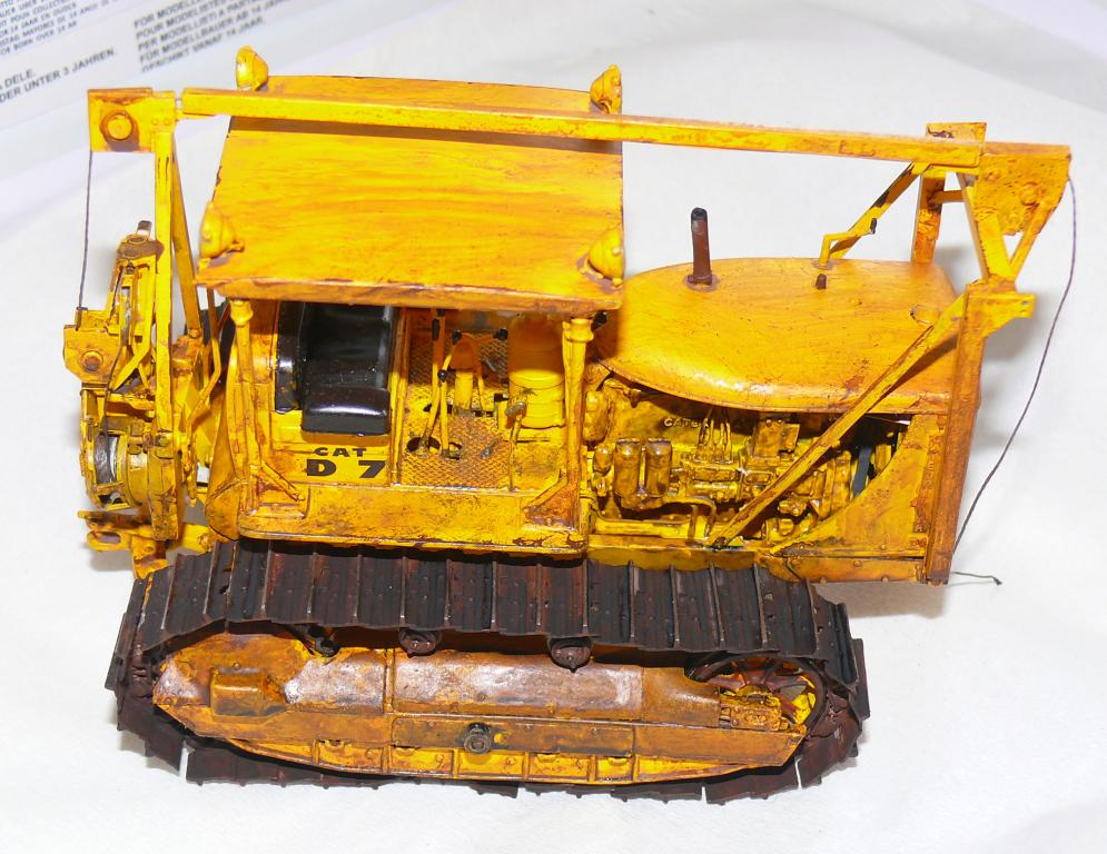 US Bulldozer Caterpillar D7 (en version civile)au 1/35 de MiniArt - Page 3 Bulld221