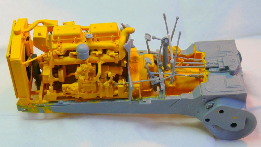 US Bulldozer Caterpillar D7 (en version civile)au 1/35 de MiniArt Bulldo72