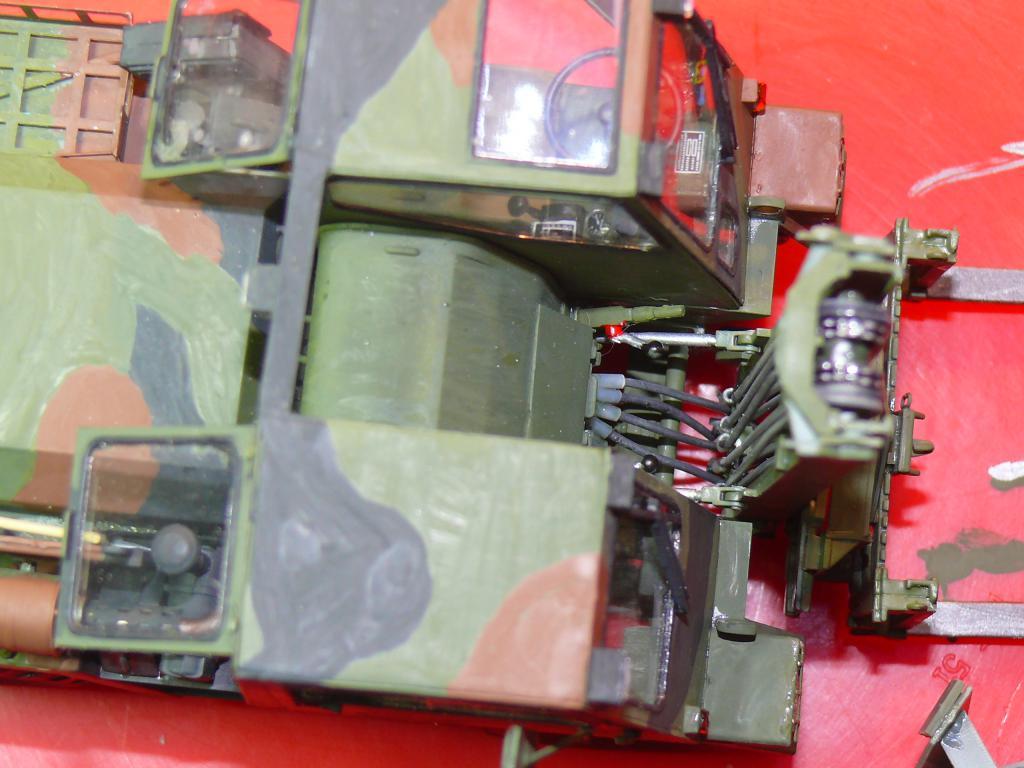 Chariot élévateur Bundeswehr FELDUMSCHLAGGERAT FUG 2,2T de TAKOM au 1/35 ème - Page 2 Chario68
