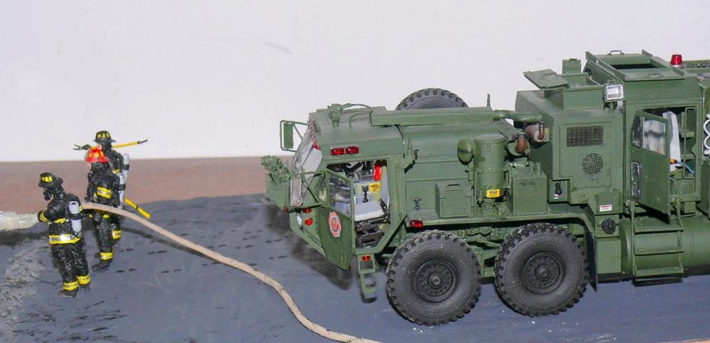 HEMTT M1142 Tactical Fire Fighting Truck TFFT de Trumpeter au 1/35 - Page 5 Hemt1000