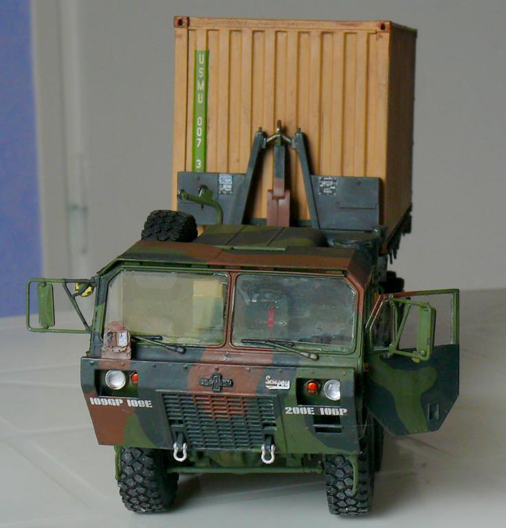 HEMTT M1120 et container Italeri au 1/35 - Page 2 Hemtt129