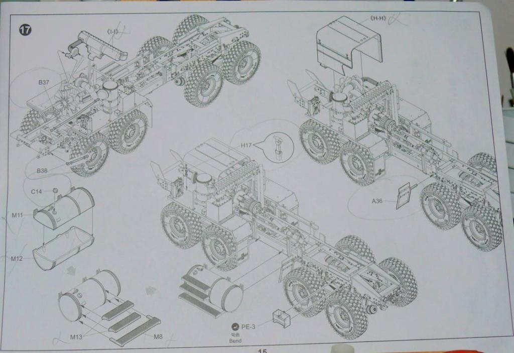 HEMTT M983A2 et Semi remorque M870A1 de TRUMPETER au 1/35 - Page 2 Hemtt275