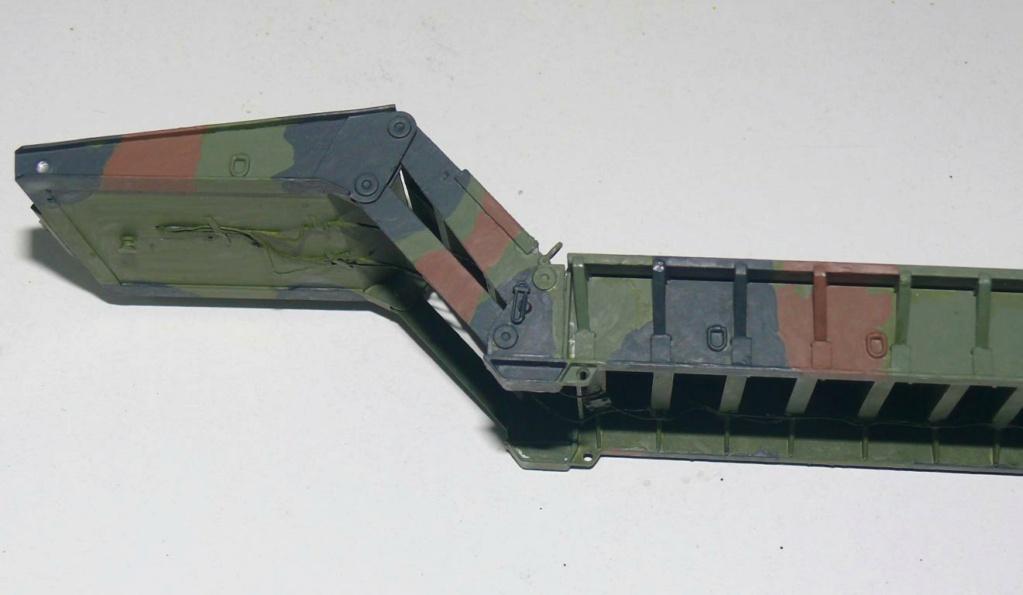 HEMTT M983A2 et Semi remorque M870A1 de TRUMPETER au 1/35 - Page 2 Hemtt378