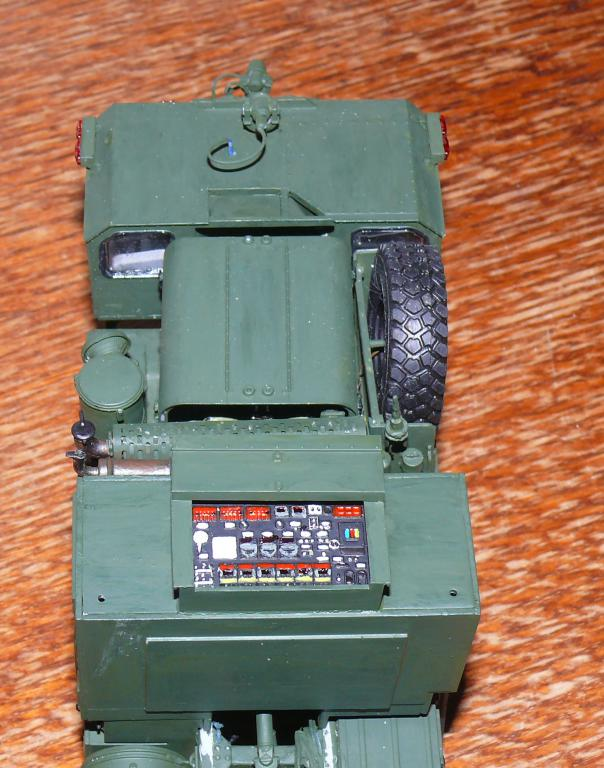 HEMTT M1142 Tactical Fire Fighting Truck TFFT de Trumpeter au 1/35 - Page 2 Hemtt609