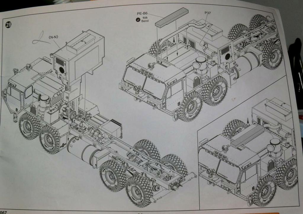 HEMTT M1142 Tactical Fire Fighting Truck TFFT de Trumpeter au 1/35 - Page 2 Hemtt612
