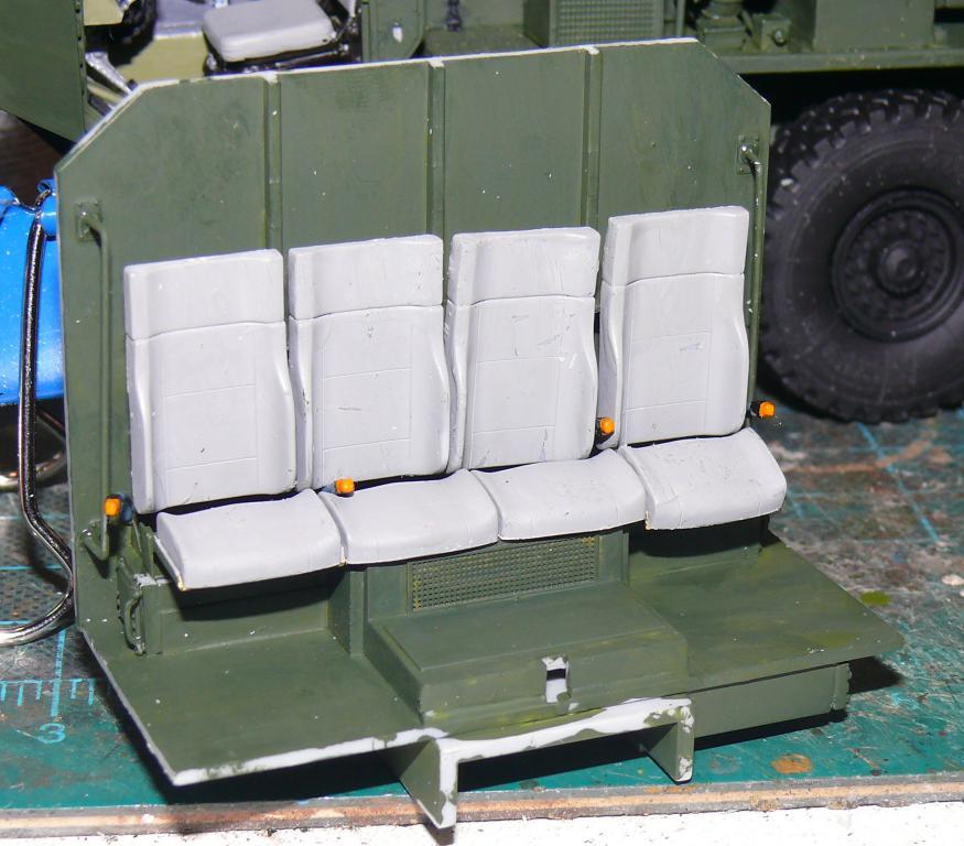 HEMTT M1142 Tactical Fire Fighting Truck TFFT de Trumpeter au 1/35 - Page 2 Hemtt621