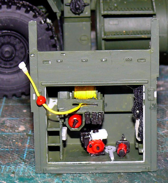 HEMTT M1142 Tactical Fire Fighting Truck TFFT de Trumpeter au 1/35 - Page 2 Hemtt630
