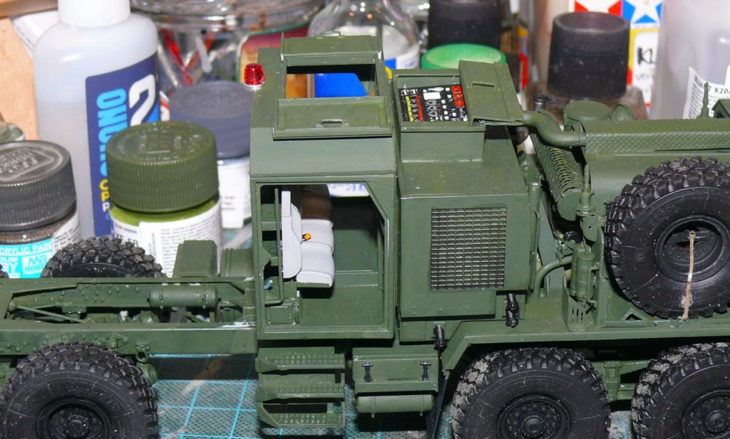 HEMTT M1142 Tactical Fire Fighting Truck TFFT de Trumpeter au 1/35 - Page 2 Hemtt632