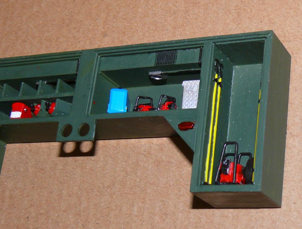 HEMTT M1142 Tactical Fire Fighting Truck TFFT de Trumpeter au 1/35 - Page 2 Hemtt639