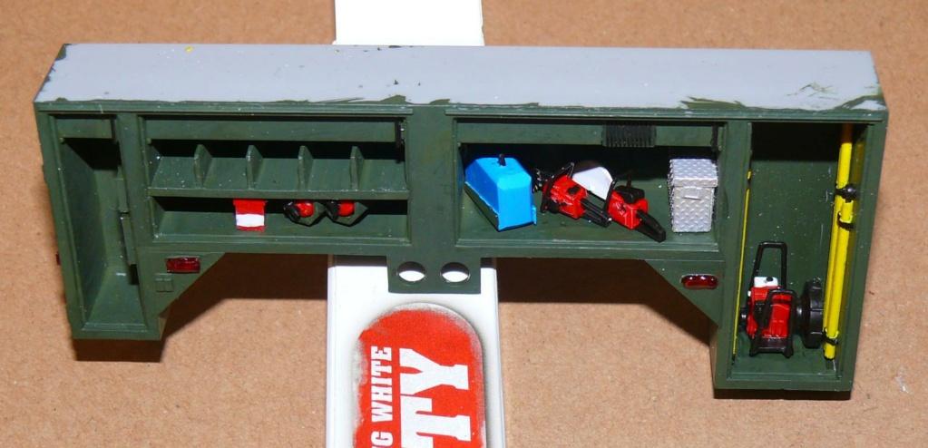 HEMTT M1142 Tactical Fire Fighting Truck TFFT de Trumpeter au 1/35 - Page 2 Hemtt646