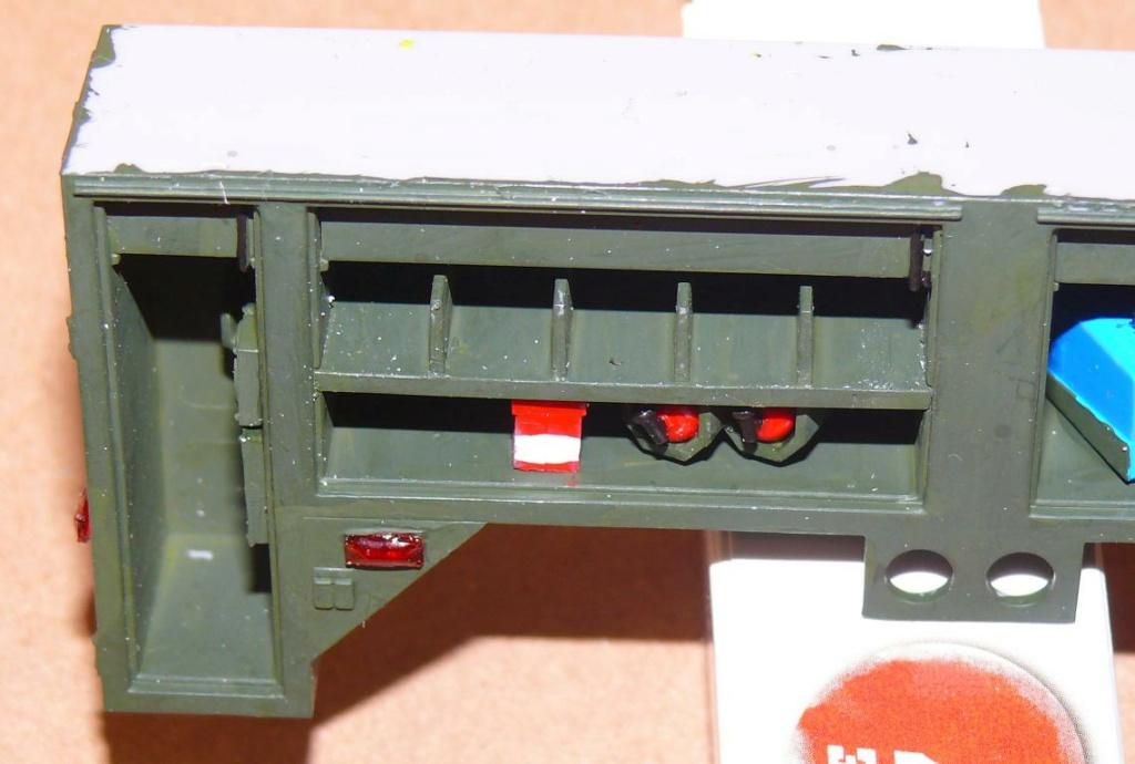 HEMTT M1142 Tactical Fire Fighting Truck TFFT de Trumpeter au 1/35 - Page 2 Hemtt647
