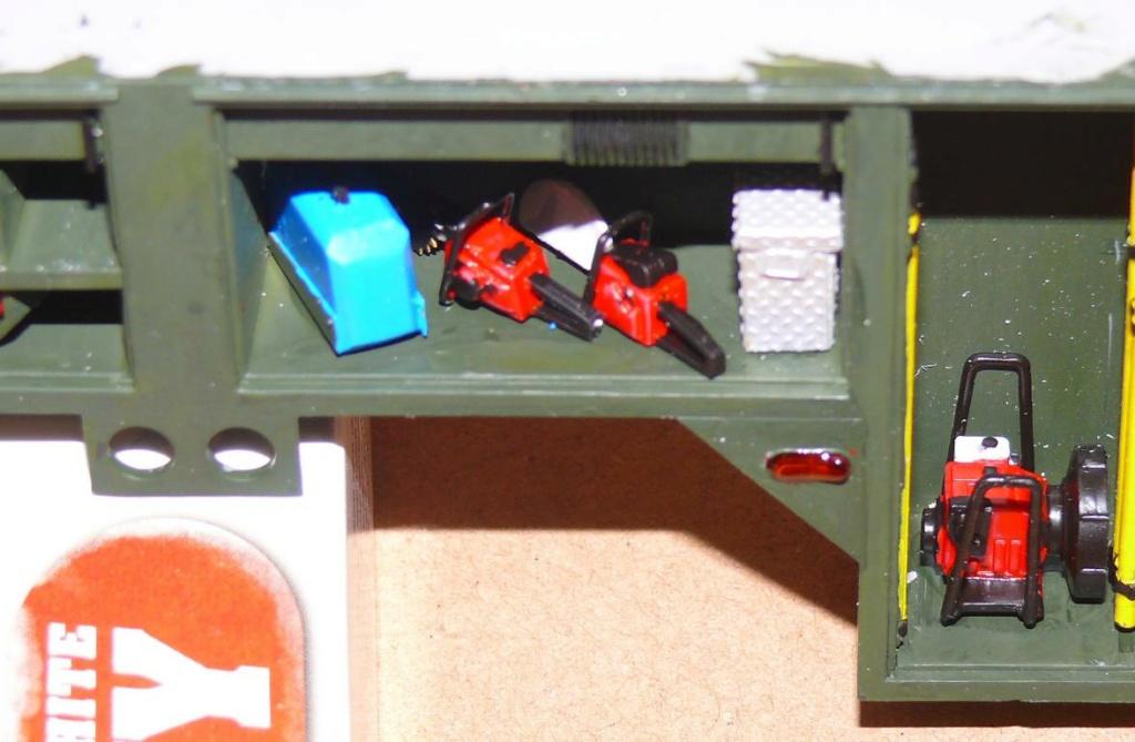 HEMTT M1142 Tactical Fire Fighting Truck TFFT de Trumpeter au 1/35 - Page 2 Hemtt648